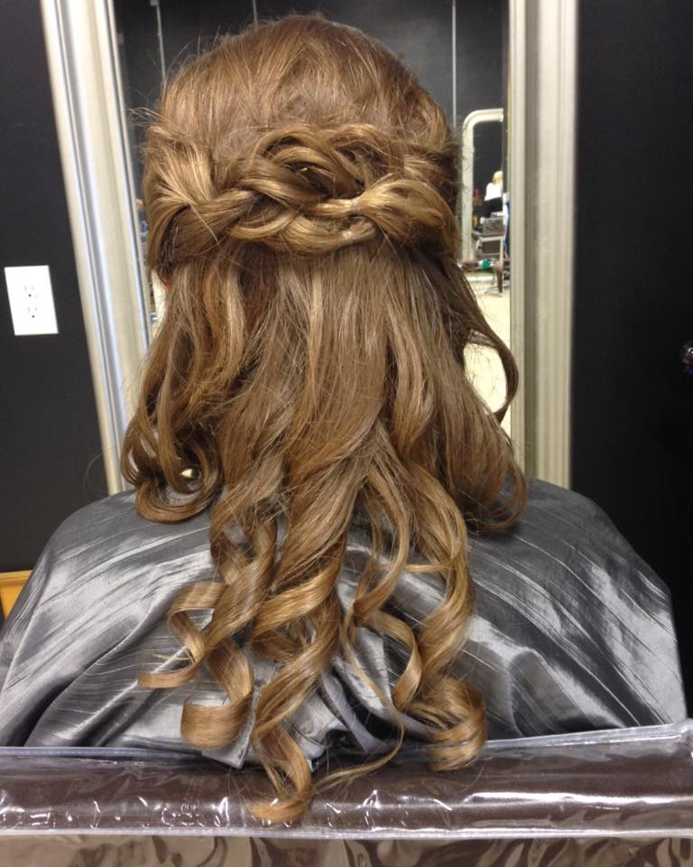curly long bridal hair viewed from back